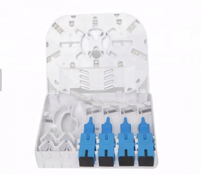 Wall Mount Socket Fiber Optic Terminal Box 4 Core ABS/PC Material 0.15dB Insertion Loss